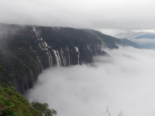 Cherrapunjee-Photos-7-Sisters-waterfalls-at-Cherrapunjee-shareiq-1052-1432802186-743226-jpg-destreviewimages-500x375-1432802186