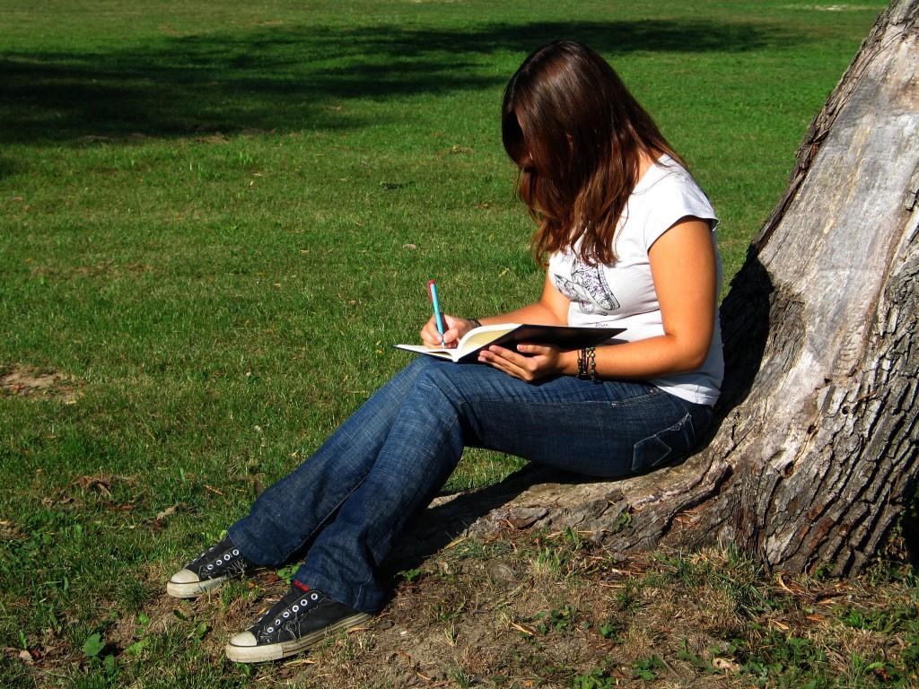 как писает девушка фото