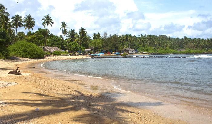 httpswww.makemytrip.comtravel-guidemediadg_imagegoa4_Hollant-Beach.jpg