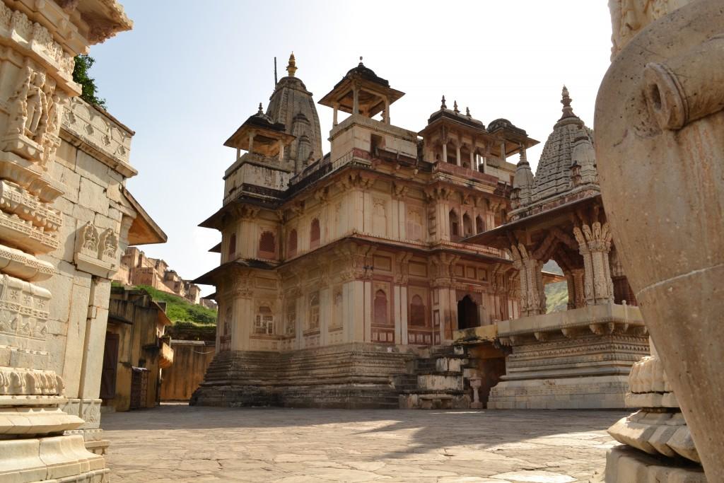 Sri_Jagat_Siromani_ji_temple