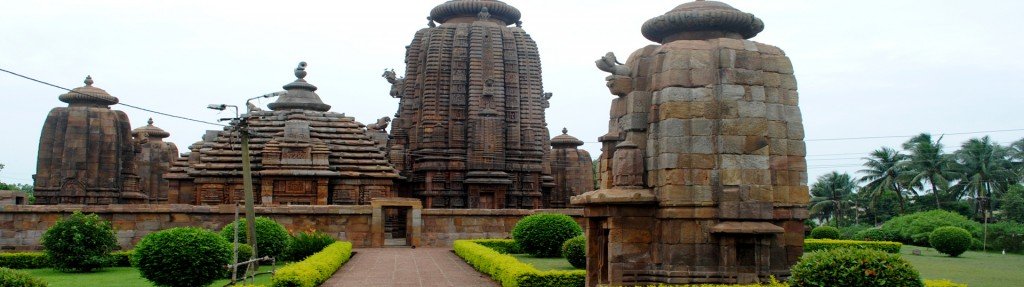Temple-in-Bhubaneswar-slide-01
